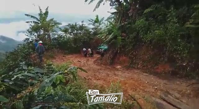 Destruida la vía hacia San Juan de la China en Ibagué 1