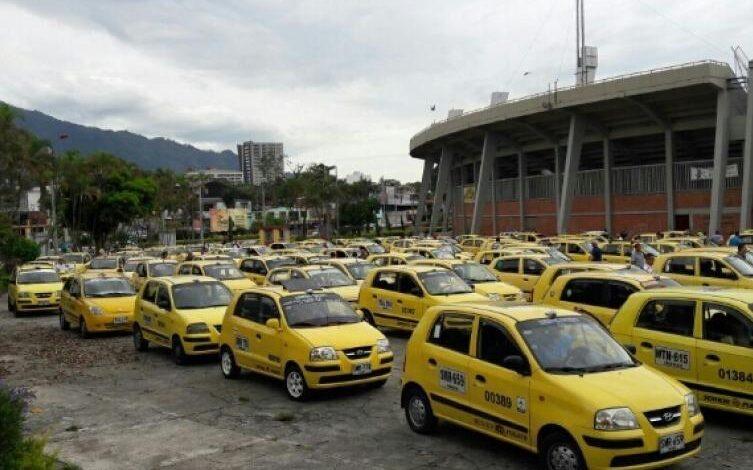 Hasta el 31 de marzo, taxistas tendrán doble digito pico y placa 1