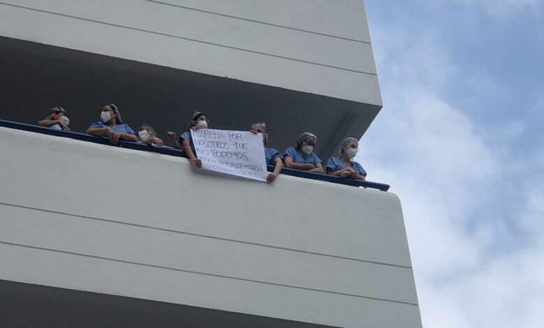 """""""Marchen por nosotros que no podemos"""", profesionales de la salud en Medellín 1"""