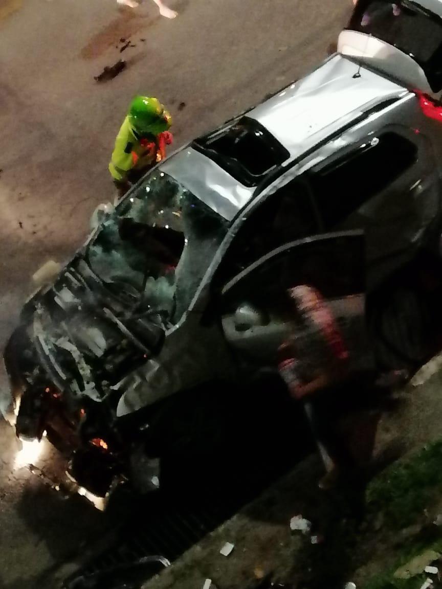 Vehículo cayó del puente de la 37 la madrugada de este domingo 10