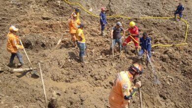 Hallan el cuerpo del hombre que quedó atrapado en un derrumbe en el municipio de Herveo 20