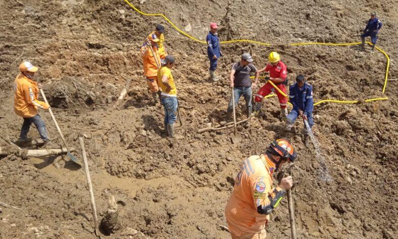 Hallan el cuerpo del hombre que quedó atrapado en un derrumbe en el municipio de Herveo 1