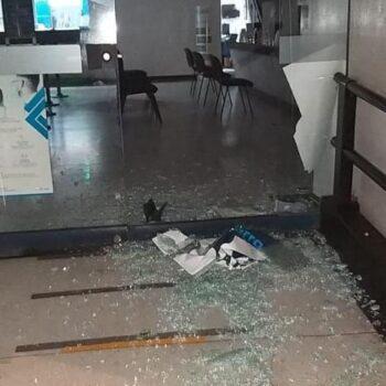 Noche de disturbios deja ocho capturados en Ibagué 3