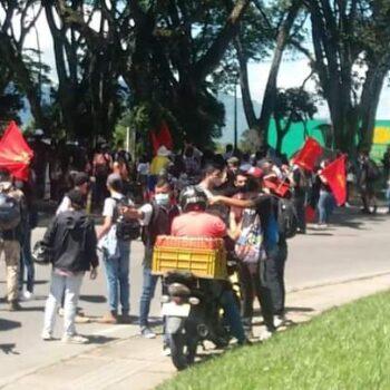 Iniciaron marchas y bloqueos por el día del trabajo en Ibagué 5