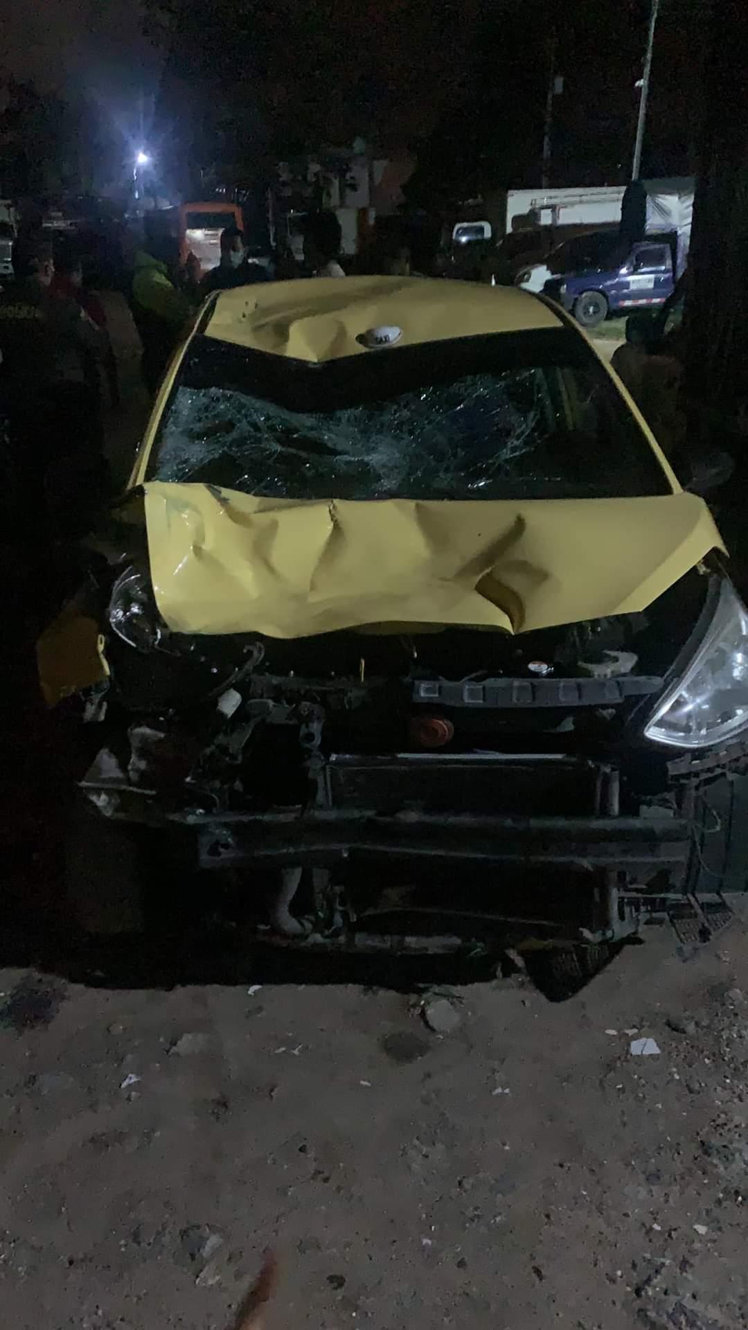Con el taxi destrozado cogieron al conductor que arrolló motociclistas en la 60 con mirolindo 10
