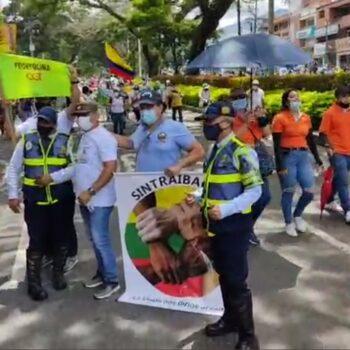 Iniciaron marchas y bloqueos por el día del trabajo en Ibagué 4