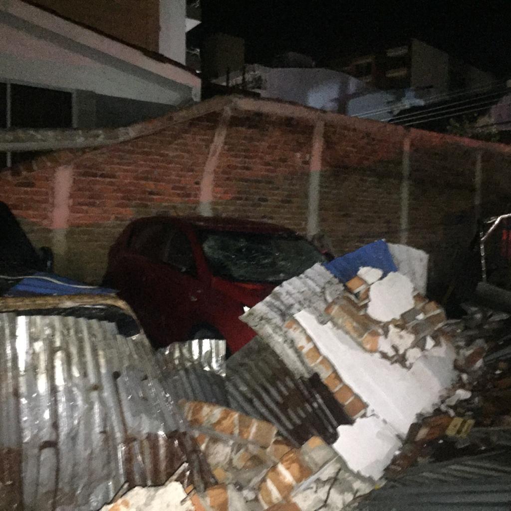 Colapsó muro en parqueadero del centro de Ibagué 3