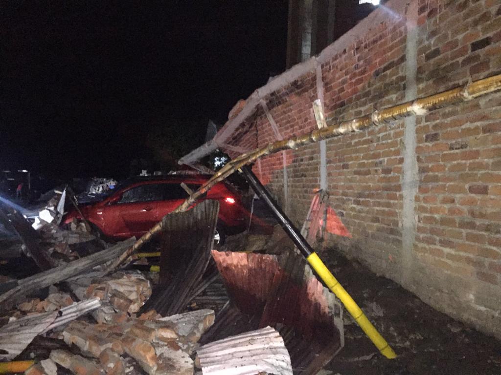 Colapsó muro en parqueadero del centro de Ibagué 4