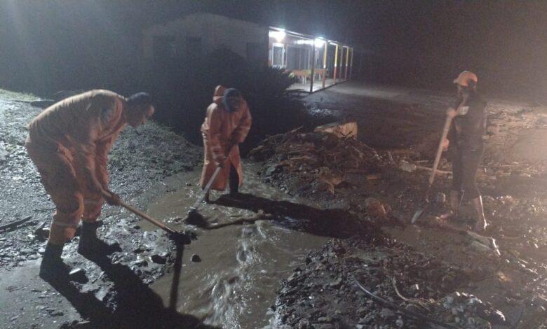 Veredas de Cajamarca nuevamente pasaron la noche bajo el lodo 1