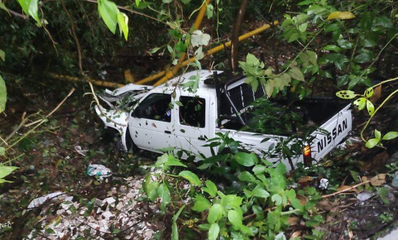 Camioneta se cayó al abismo en el Libertador 3