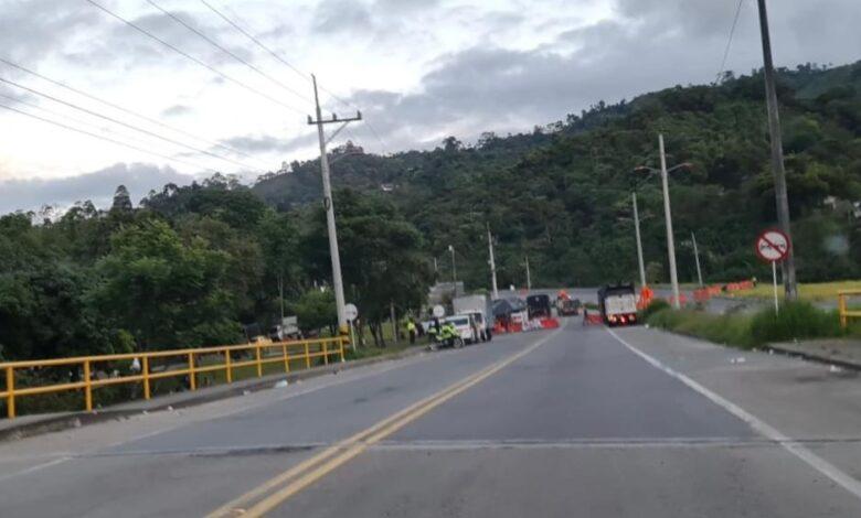 Antes de salir del Tolima, estas son las vías que amanecen bloqueadas 1