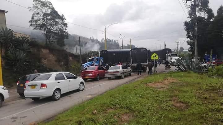 Transportadores tienen bloqueado el país, estos son los sectores afectados 1