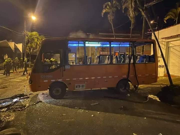 Empresa de trasporte denuncia negligencia por parte del secretario de Gobierno durante vandalismo 7