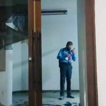 Con el vigilante encerrado, vándalos querían incendiar el ICETEX en Ibagué 5