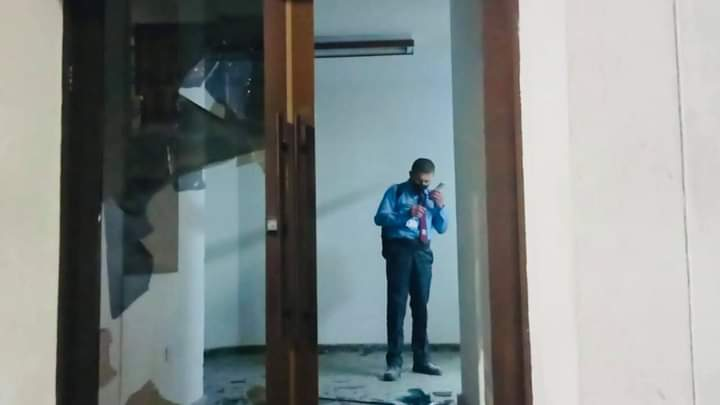 Un comparendo y a su casa, para los atacantes que pusieron en riesgo la vida del vigilante del Icetex 2