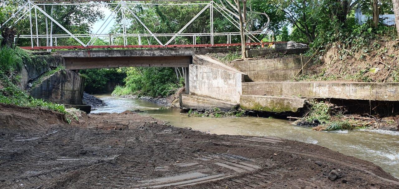 Después de dos años, Granja de Armero tiene puente de acceso 4