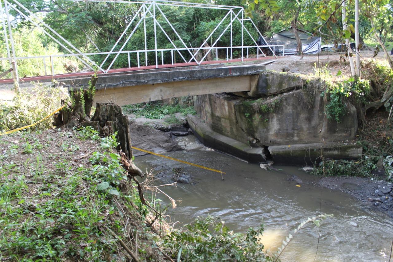 Después de dos años, Granja de Armero tiene puente de acceso 3
