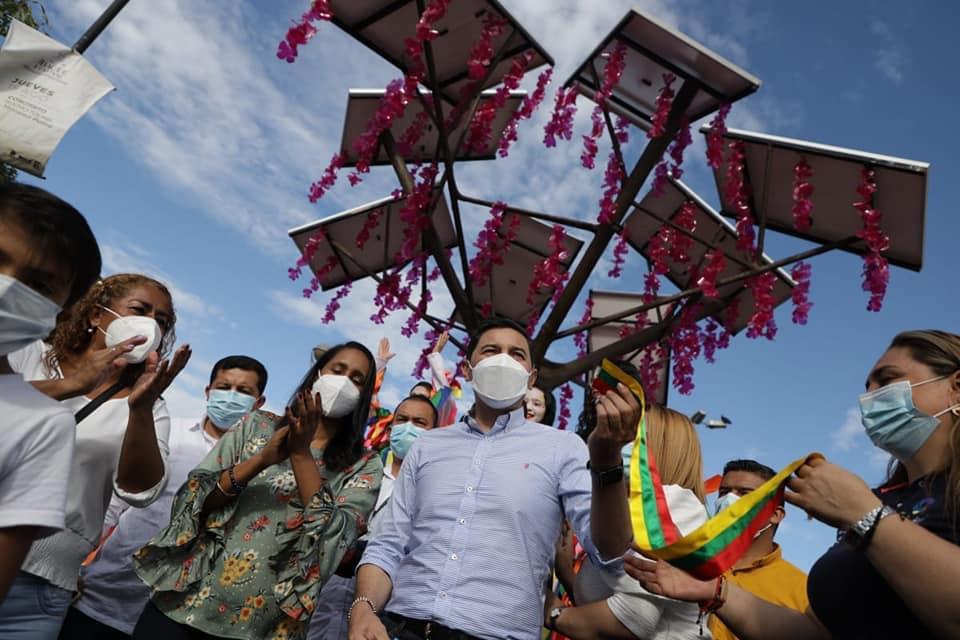 ¡Ibagué ya cuenta con su primer árbol solar de energía renovable! 3