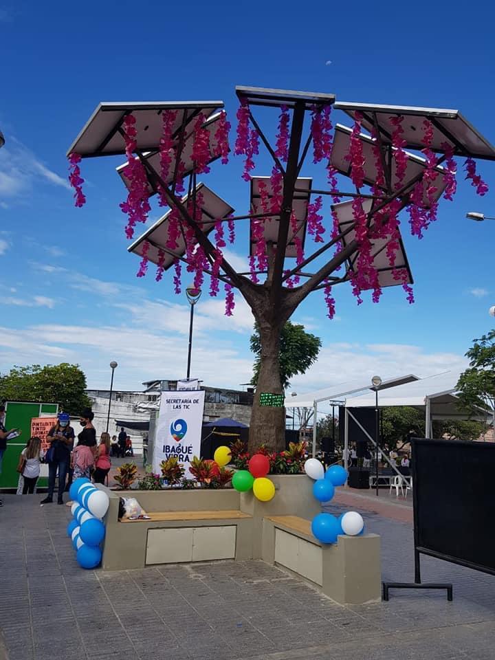 ¡Ibagué ya cuenta con su primer árbol solar de energía renovable! 2