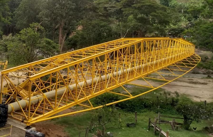 Finalizó instalación del viaducto más importante del Acueducto Complementario 10