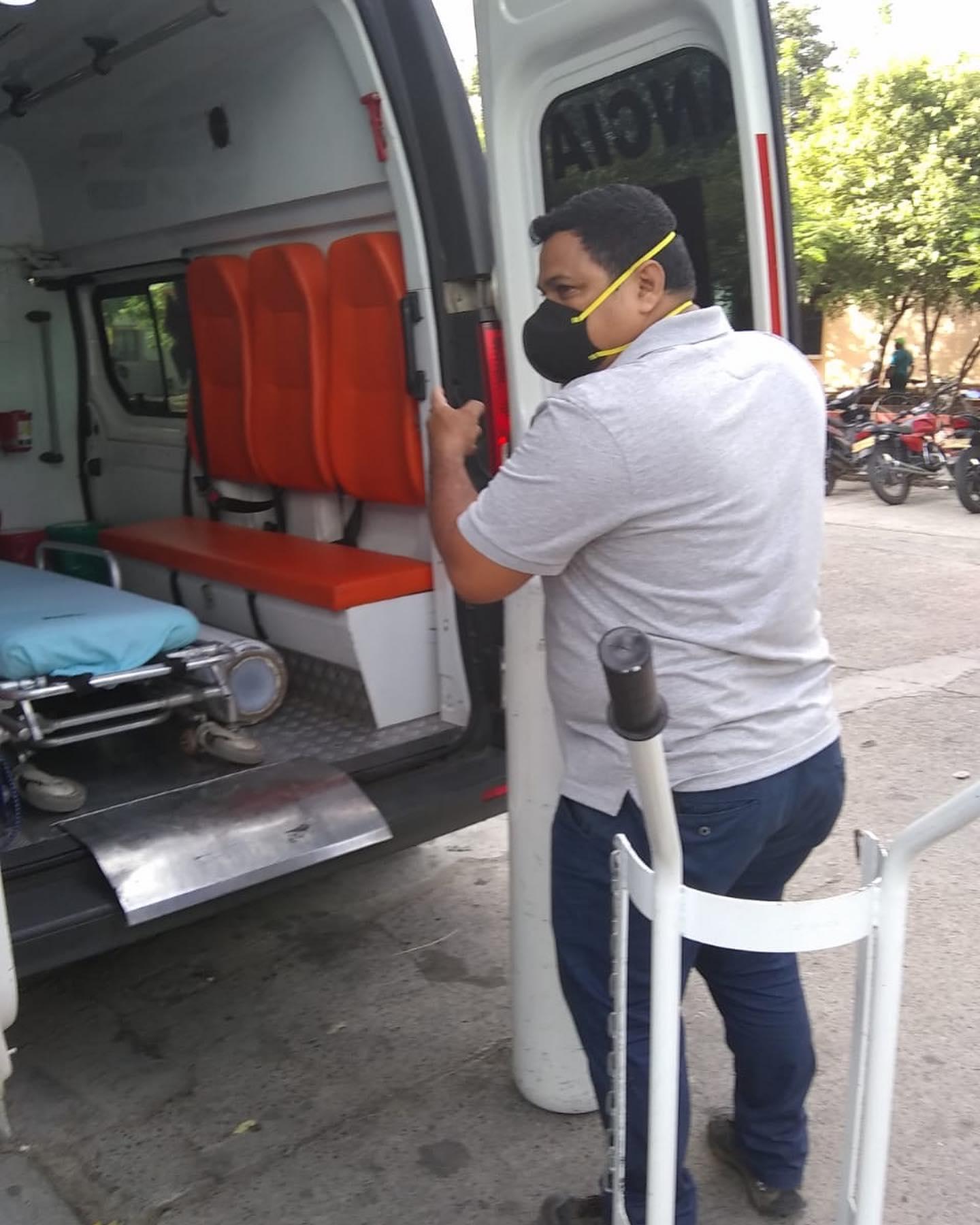 Alcalde de Melgar en fiestas y el Hospital sin oxígeno 8