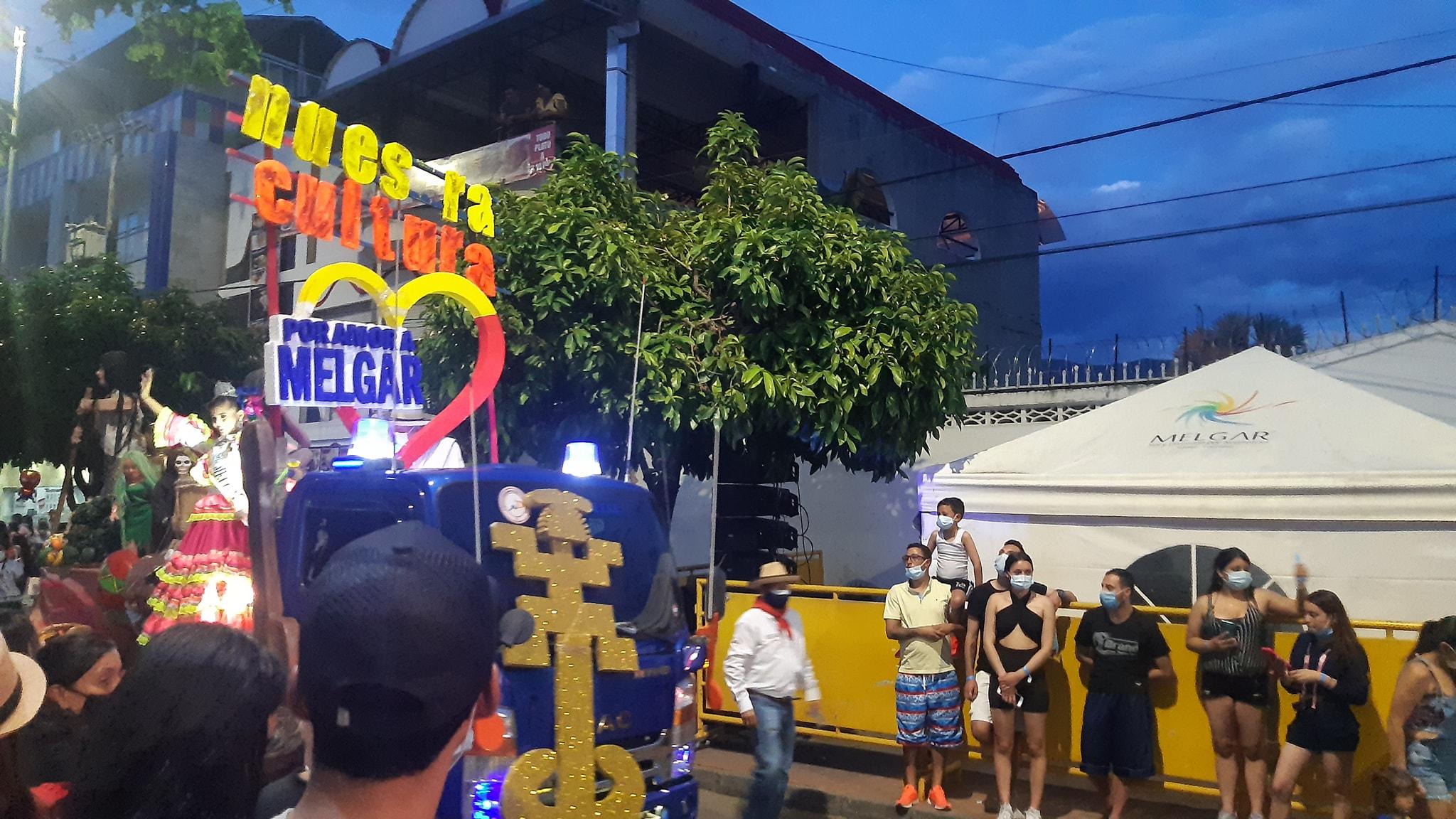 Alcalde de Melgar en fiestas y el Hospital sin oxígeno 4