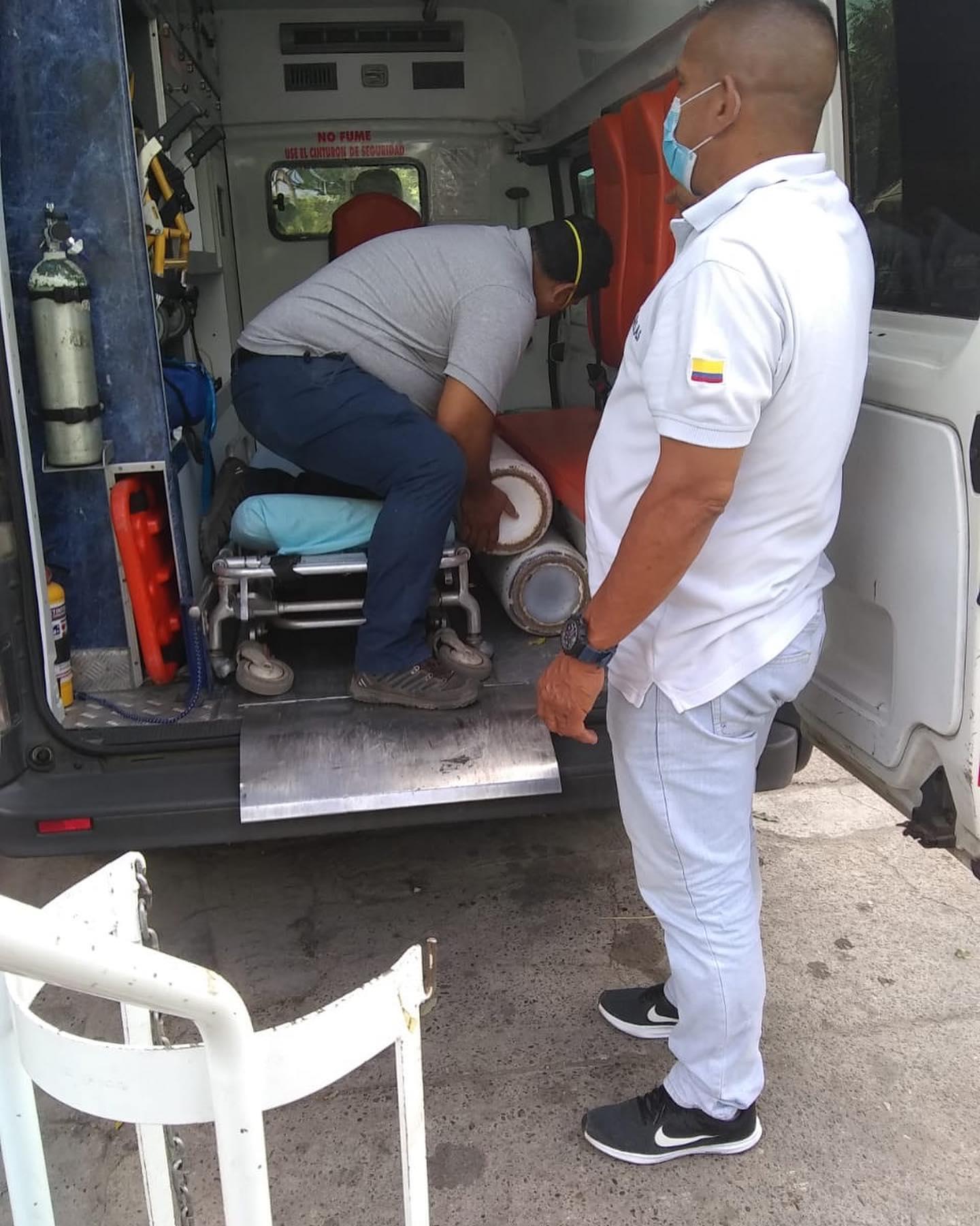 Alcalde de Melgar en fiestas y el Hospital sin oxígeno 9
