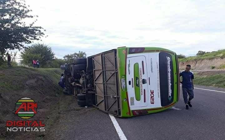 Cero y van dos accidentes del mismo bus de Cootranshuila 7
