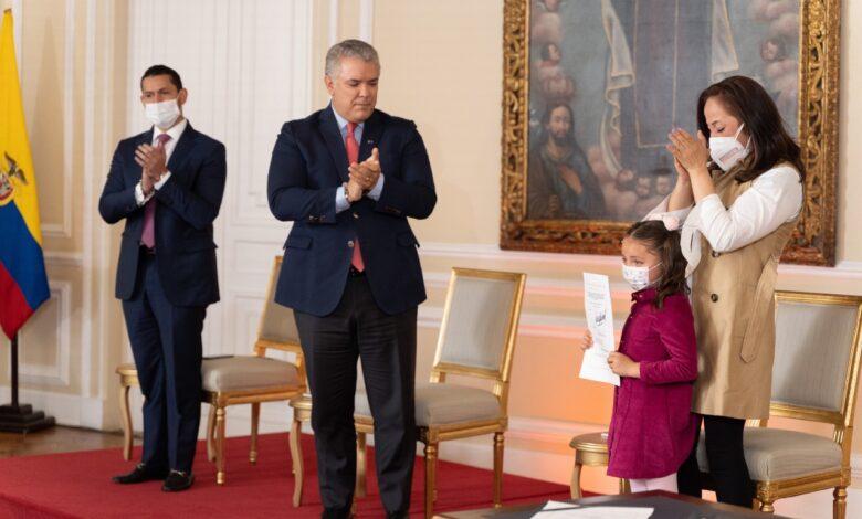 Desde hoy Colombia debe aplicar la cadena perpetua para violadores de menores. 1