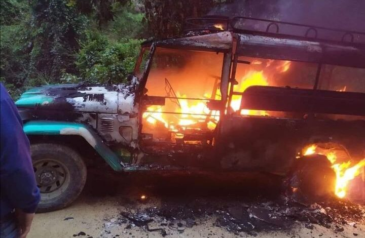 Desconocidos queman campero en la vía Ibagué-China Alta 3