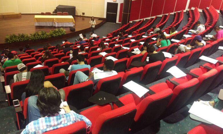Estudiantes de Medicina, Enfermería, Licenciatura en Matemáticas y Derecho de la UT volvieron a clases 1