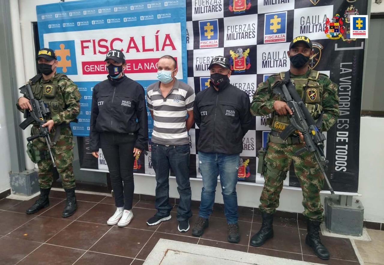 Capturan expolicía señalado de asesinar grafitero en Bogotá 4