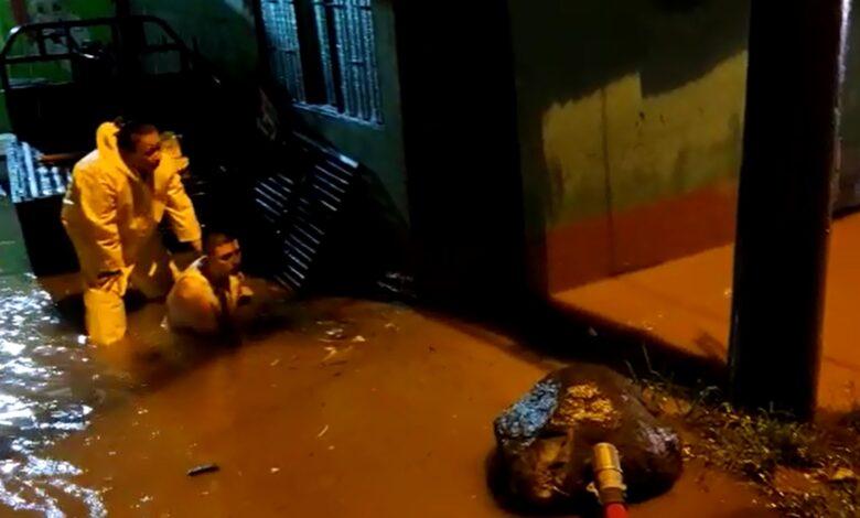 200 familias en fresno afectadas por las lluvias 1