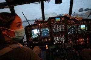 Por primera vez, una mujer vuela al mando del Hércules C-130 6