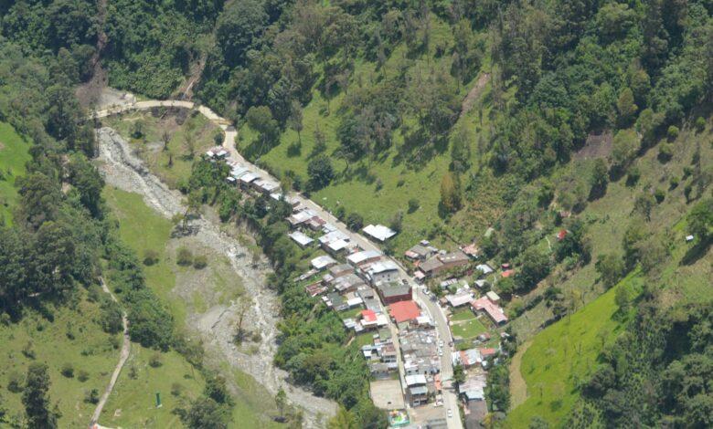 Tras creciente del río Combeima se detectaron nuevas zonas de riesgo por deslizamientos 1