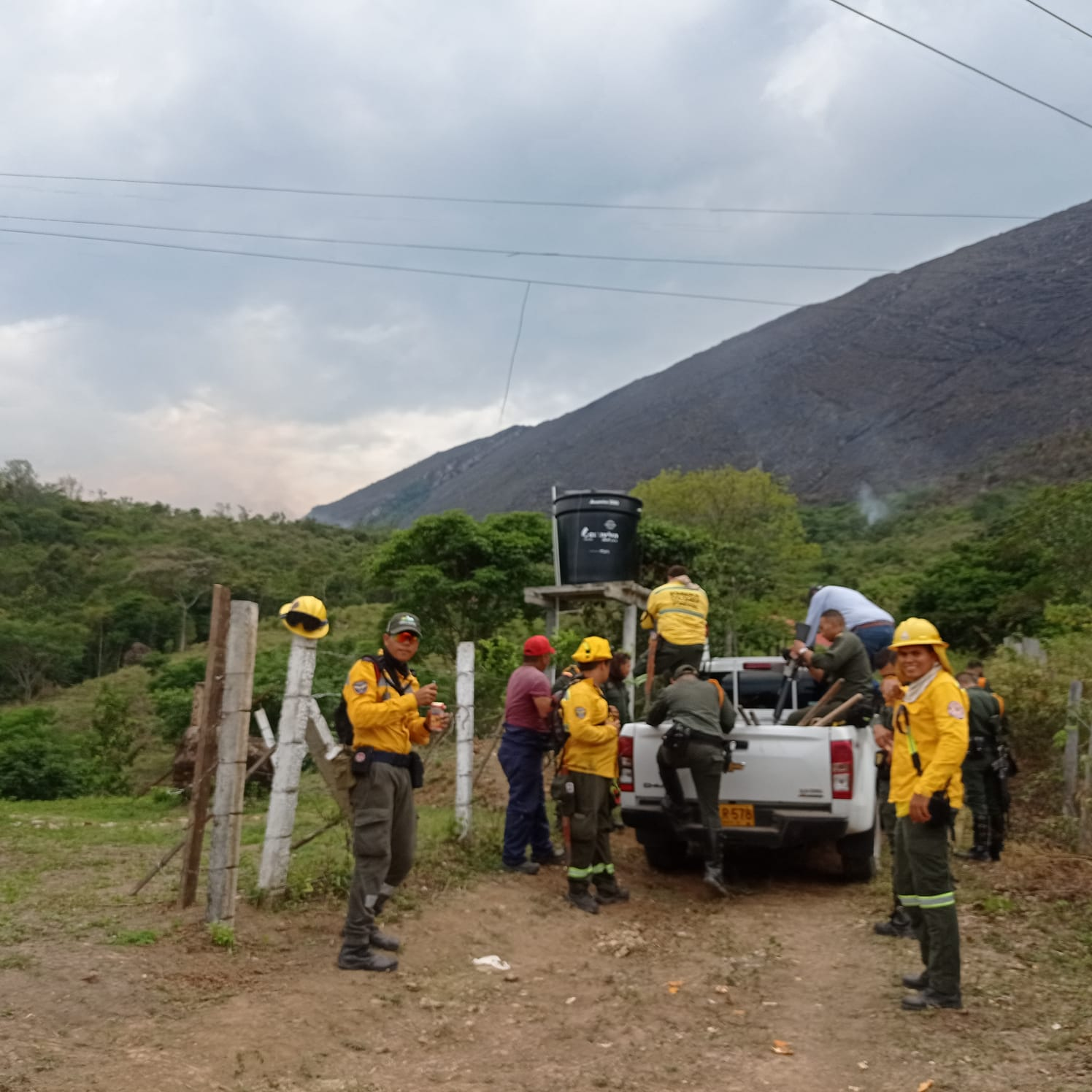 Se suman más municipios a la extinción del incendio en Melgar 6