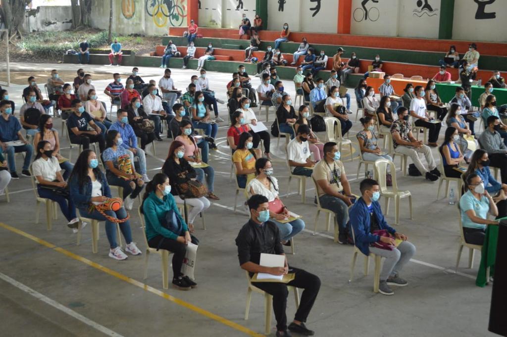 Inició proceso de inducción a 200 jóvenes becados para ser patrulleros 3