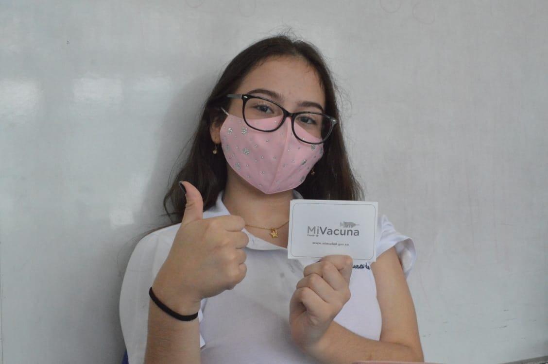 Inició vacunación a alumnos de instituciones educativas de Ibagué 4