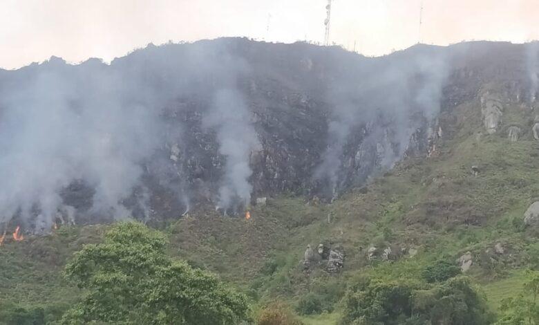 Aún no apagan incendio forestal en Melgar, Tolima 3