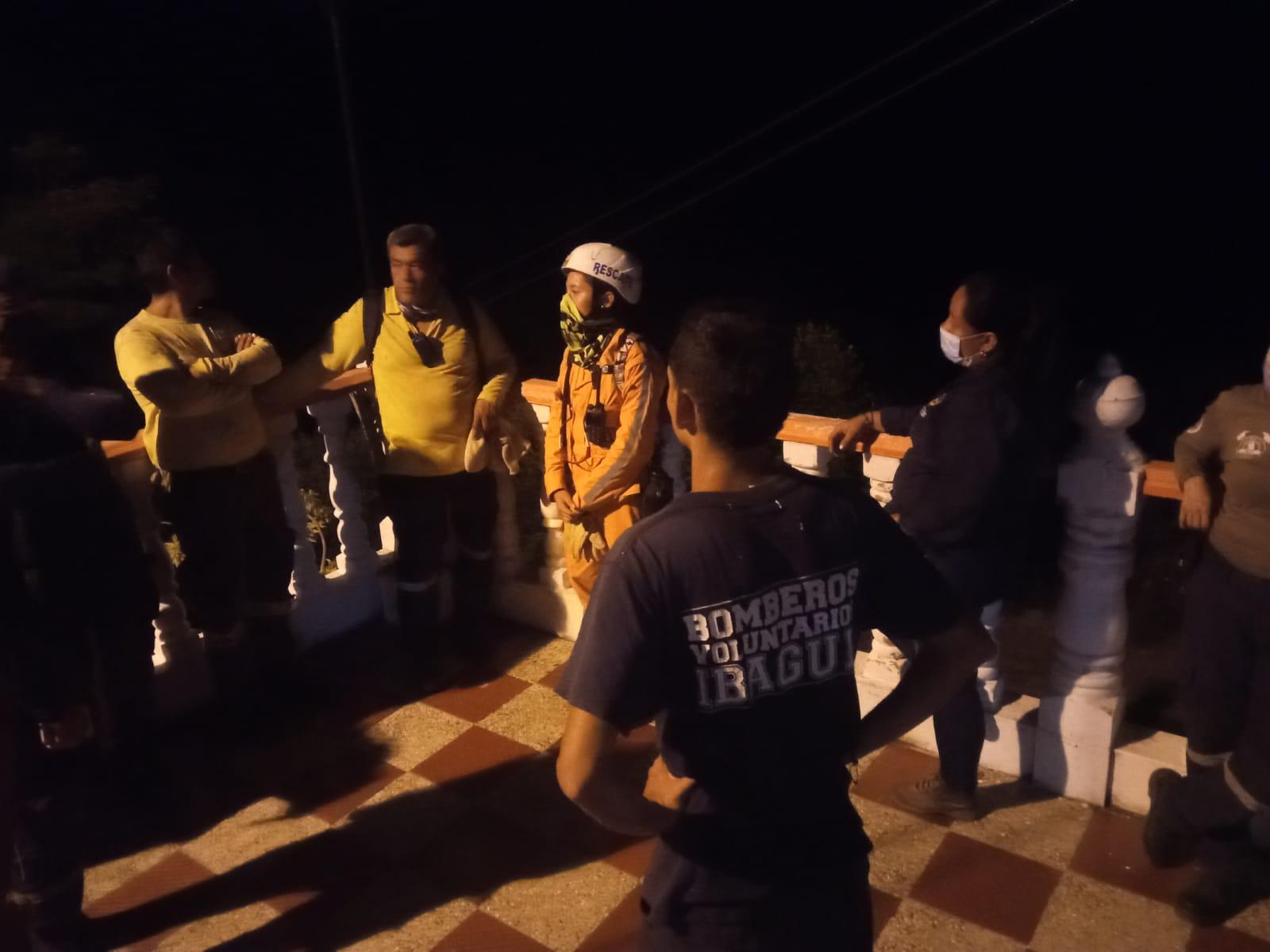Aún no apagan incendio forestal en Melgar, Tolima 4