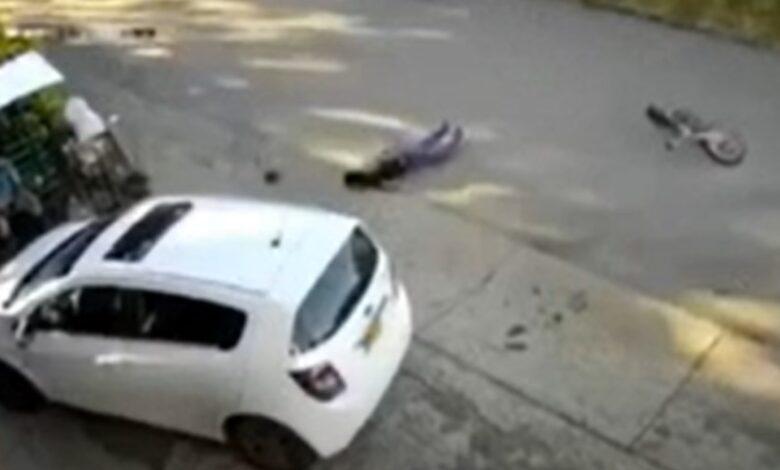 Dos jóvenes heridos en aparatoso accidente entre dos bicicletas en vías de Chaparral 1