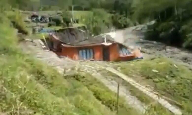 70 viviendas afectadas tras la creciente del río Combeima 5