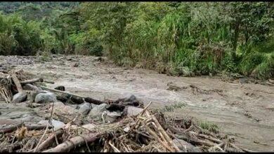 Padre e hijo se salvaron de morir tras la creciente del río Combeima en el sector de la Vega 4