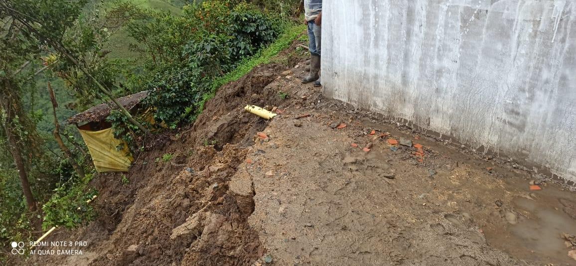 Más de 190 familias afectadas por el invierno en Chaparral 6