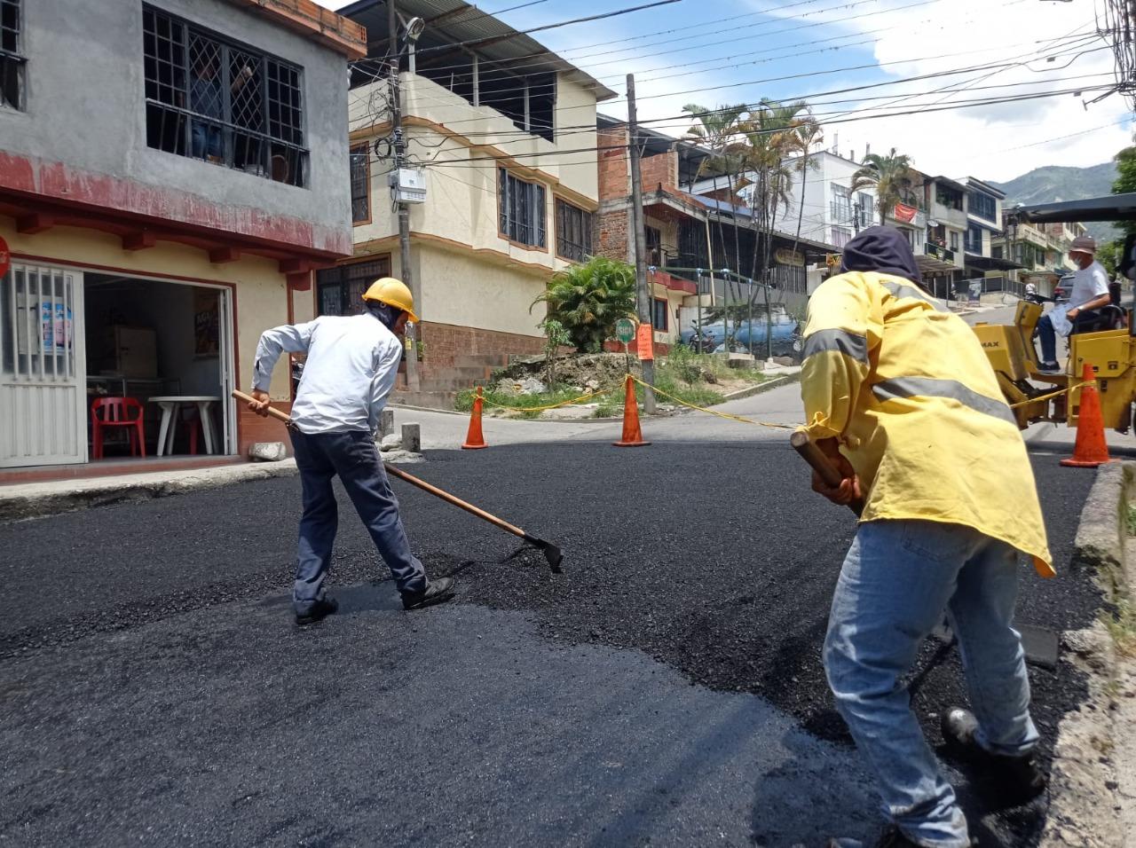 Alcaldía avanza en la recuperación de la malla vial de Ibagué 2
