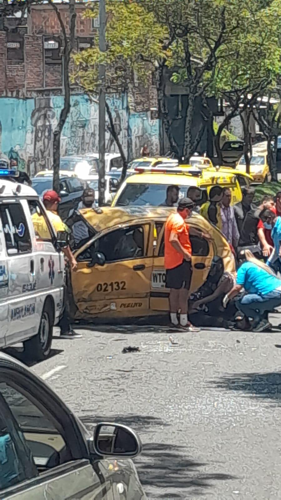 Murió una de las víctimas del accidente del taxi en la Guabinal 5