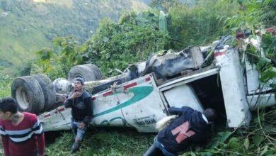 Bus se fue al abismo en Chaparral, 2 mujeres fallecieron 7