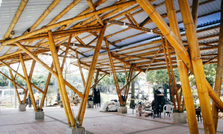 Salon comunal ambiental, hecho en guadua